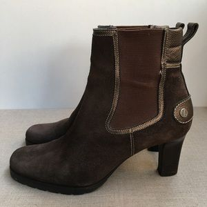 Cole Haan Women US 7.5 Brown Suede Ankle Boots